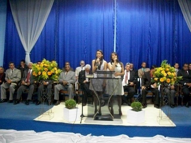 Aniversario_Pr-Joel-Araujo_0004_filhas-laiza-e-laizer