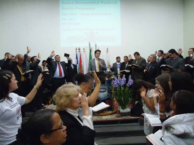 adja_0008-DOMINGO-PR.-PHILIPE-CAMARA